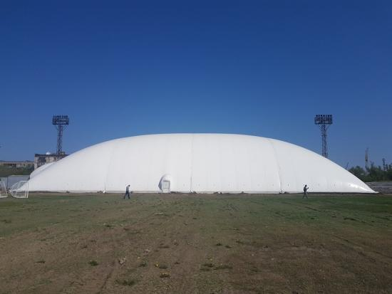 Air hold membrane dome